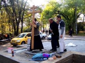 podgotovka_k_osvyasheniyu_mesta_pod_chasovnyu